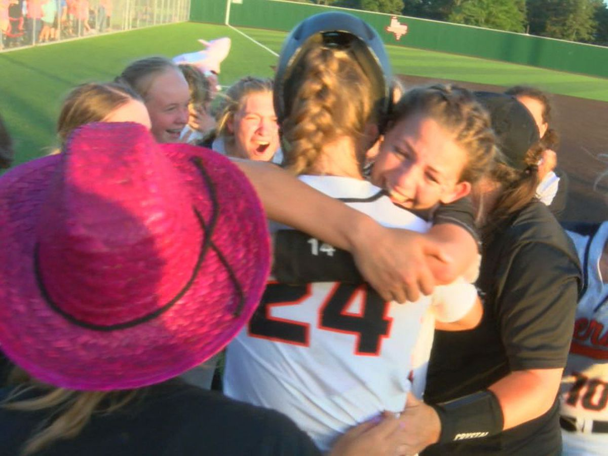 West Sabine softball heading to state after walk off home run