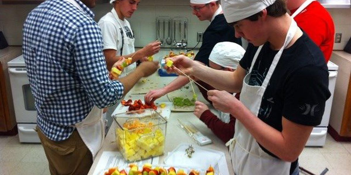 Hudson Culinary Arts students cooking their way to catering success