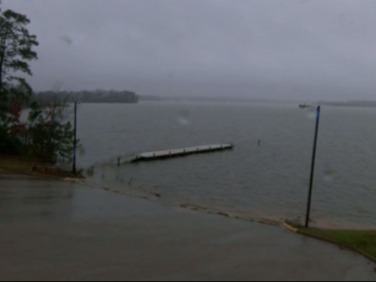 Sam Rayburn Reservoir adding flood releases through floodgates