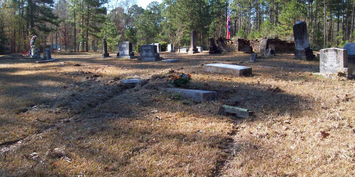 Angelina County Sheriff's Office investigates damage to Huntington cemetery
