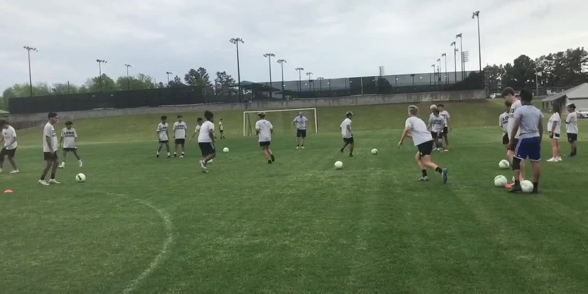 Longview and Palestine boys, Henderson girls heading to soccer regional finals