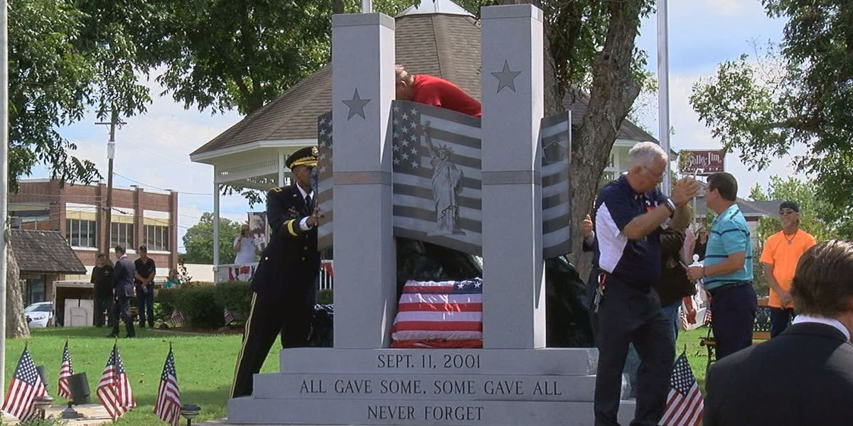 City of Jasper unveils new monument featuring a piece of the World Trade Center