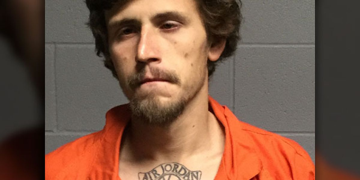Polk County Sheriff's Office: Man brandished pistol, machete during convenience store robbery