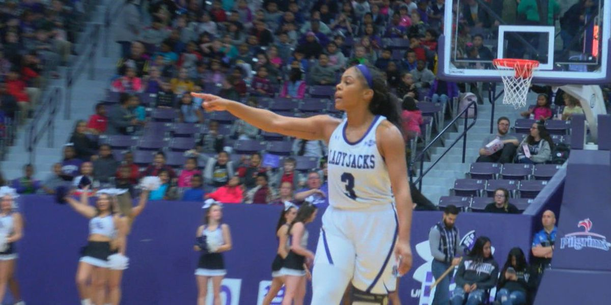 Ladyjacks remain perfect at home with 60-53 win over Montana State