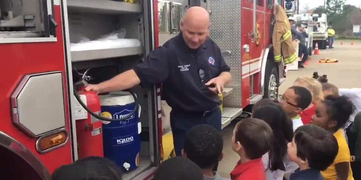 WEBXTRA: Annual 'Touch a Truck' event teaches kids about community