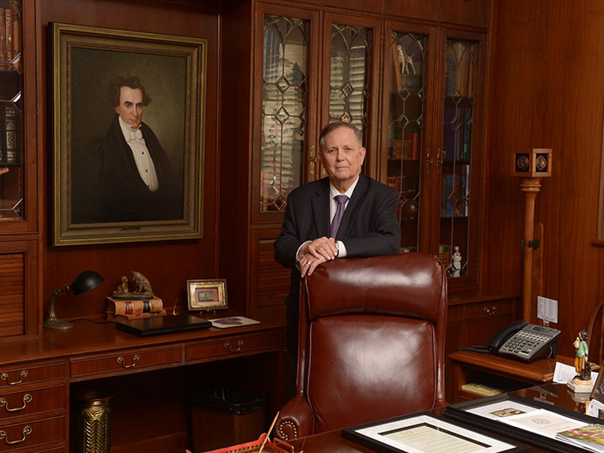 Dr. Baker Pattillo retires as SFA president