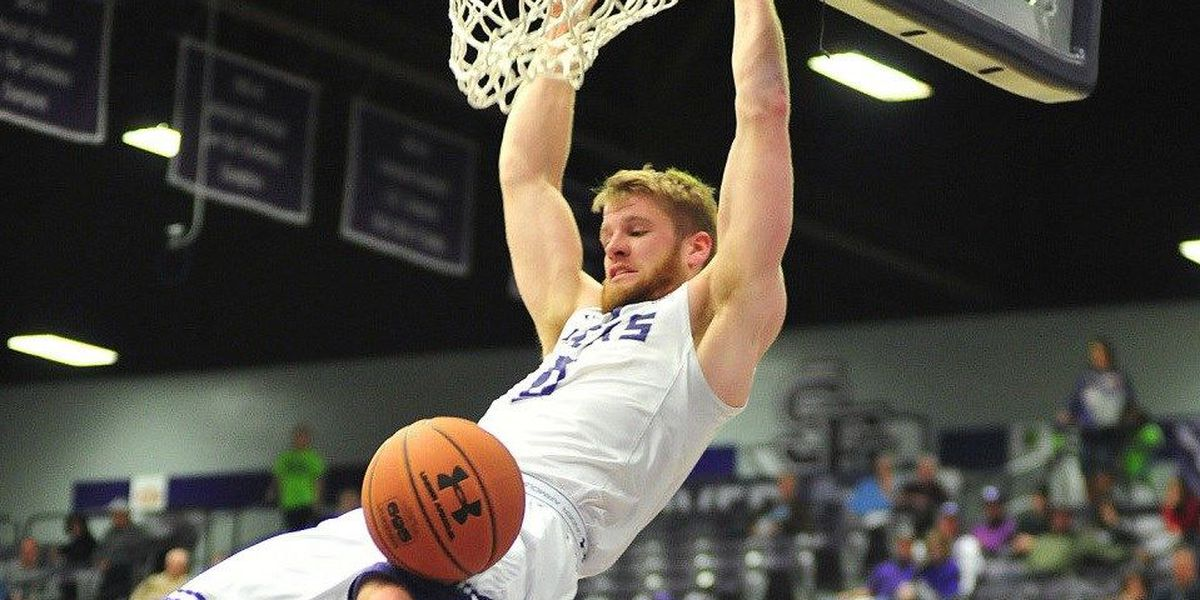 Walkup Dazzles, Submits SFA's First Triple-Double in 43 Years as 'Jacks Axe UIW 84-58