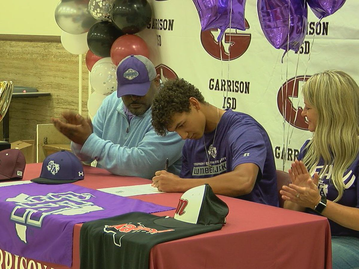 Garrison's Dayton Dewberry signs with SFA baseball