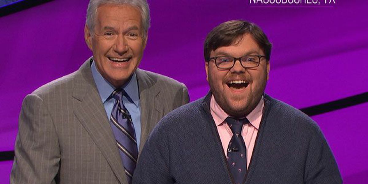 SFA professor makes it 9 straight on Jeopardy, brings total to $209,801