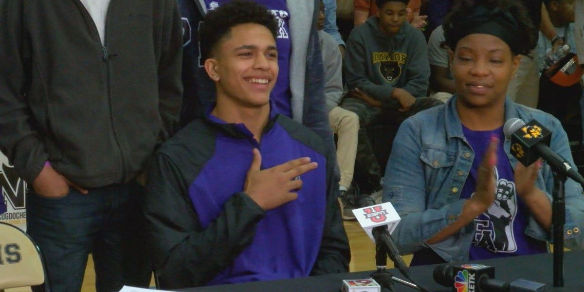 SFA Football snags dynamic East Texas duo on National Signing Day