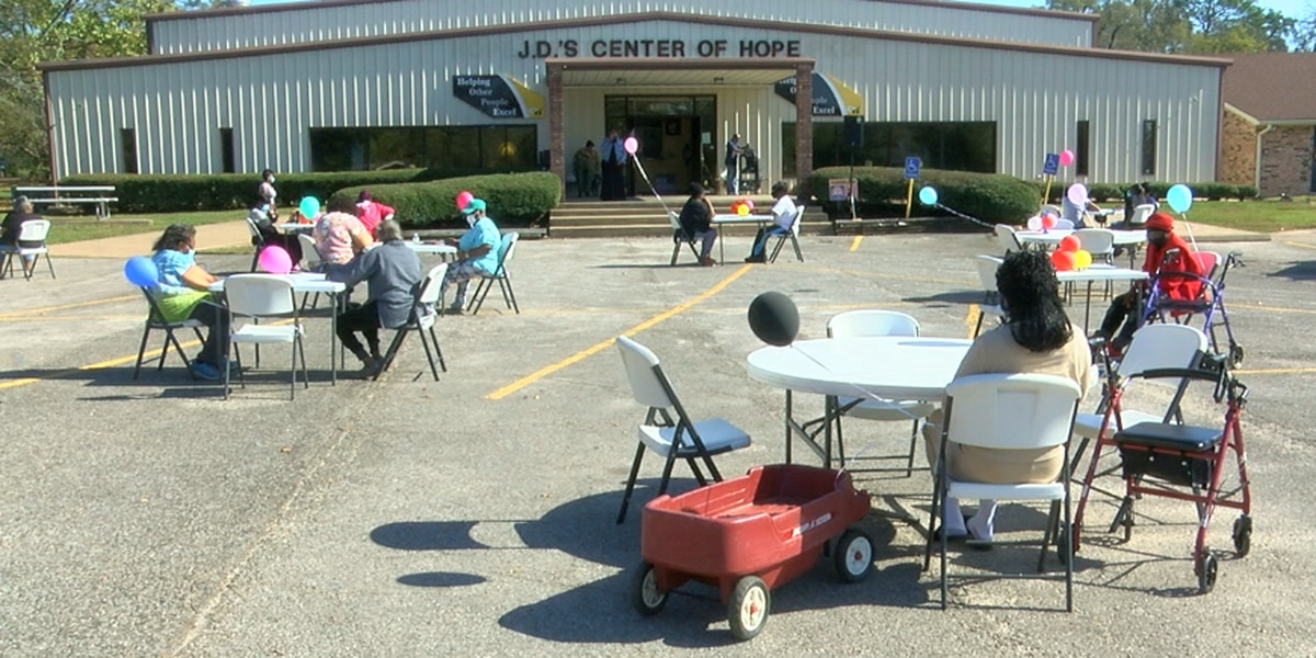 J.D.'s Center of Hope hosts socially distant Thanksgiving event for guests