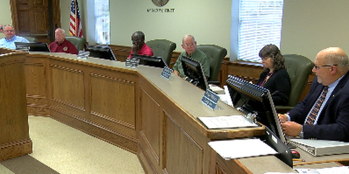 Nacogdoches commissioners take no action on burn ban for now