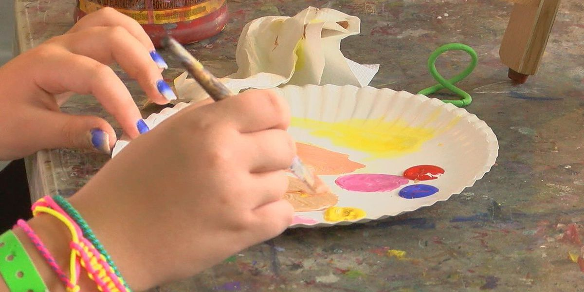 Students learn various methods in art camp at Museum of East Texas