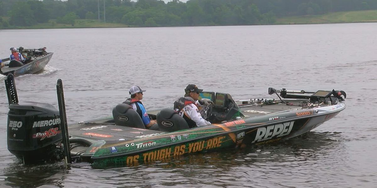 Pro-anglers pair with students for Bassmaster High School All-American in East Texas