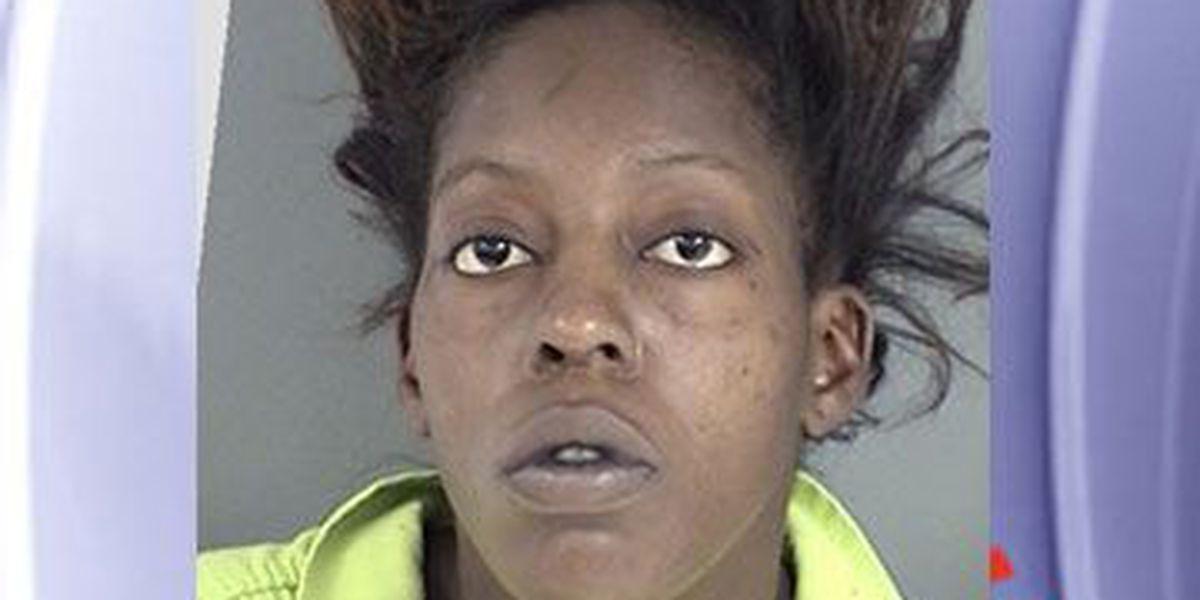 Lufkin PD: Lufkin woman stabbed roommate in back, left knife in him
