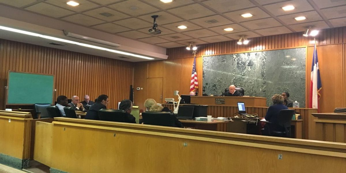 Defense presents cell phone evidence, autopsy report in Spence Street murder trial