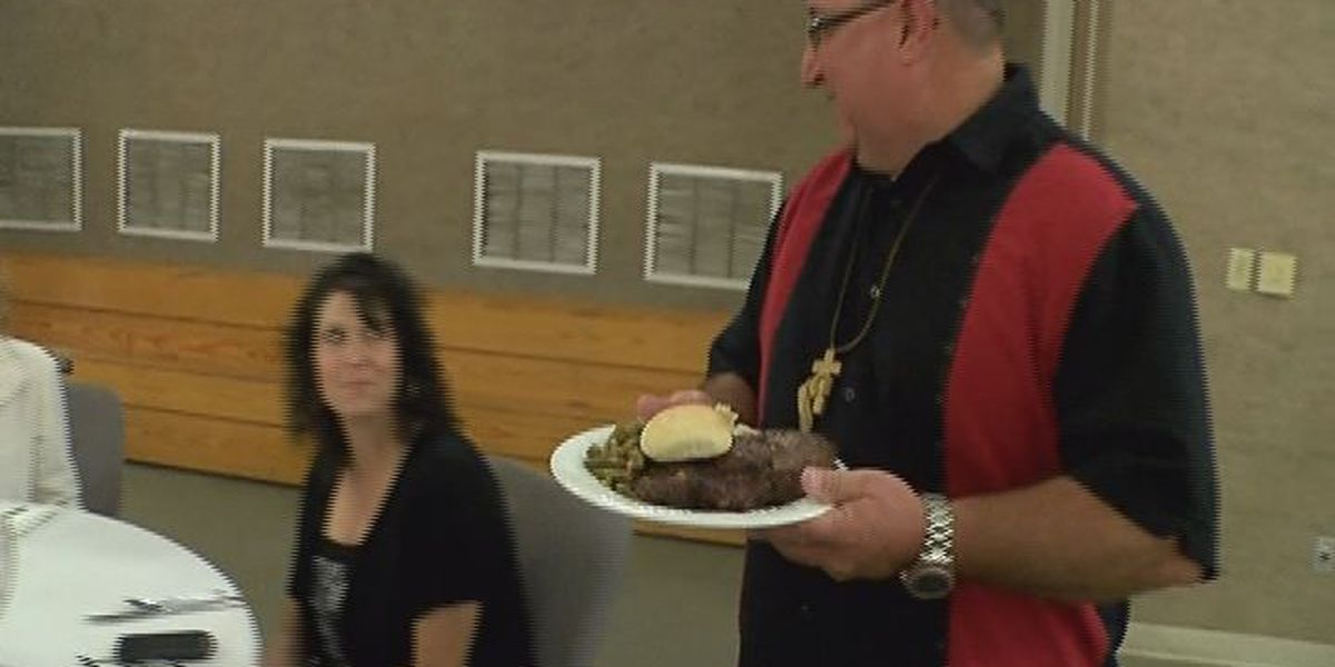 Crockett churches come together to serve officers