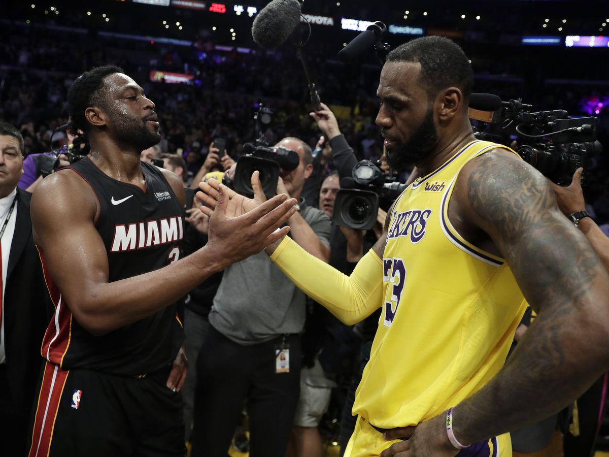 LeBron's Lakers edge Wade's Heat in final meeting, 108-105
