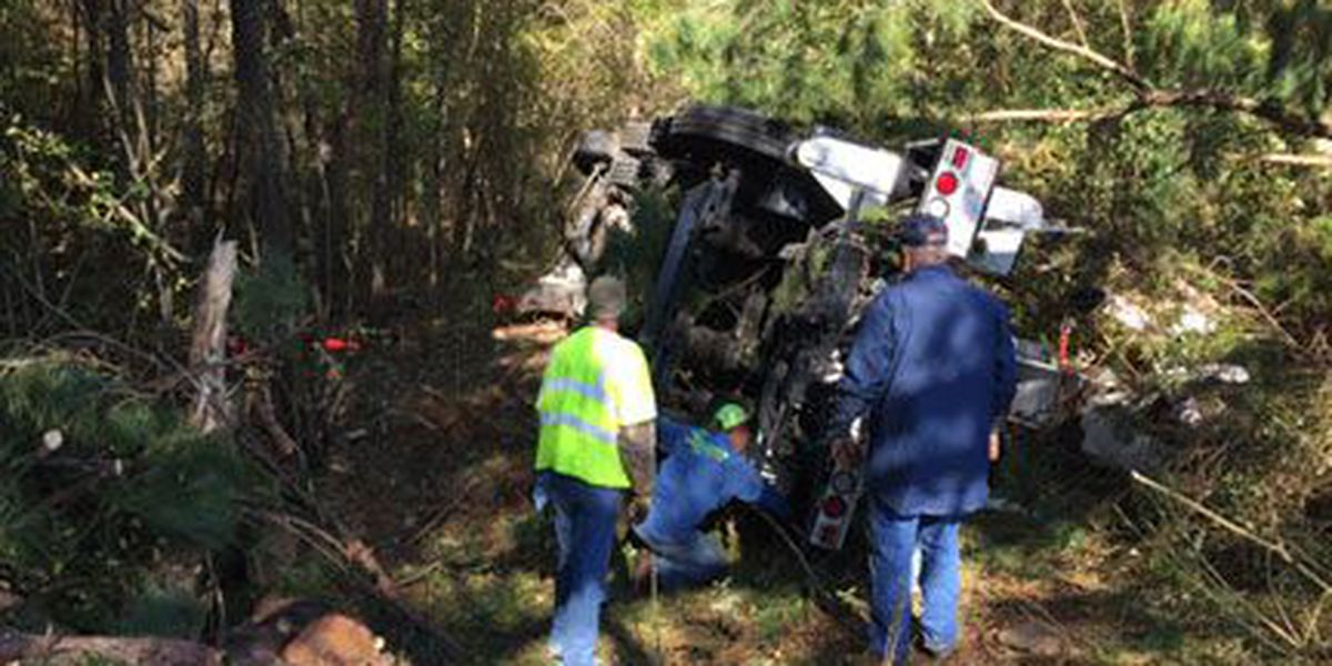 DPS: No one injured in Oncor truck rollover on US 259 north of Nacogdoches