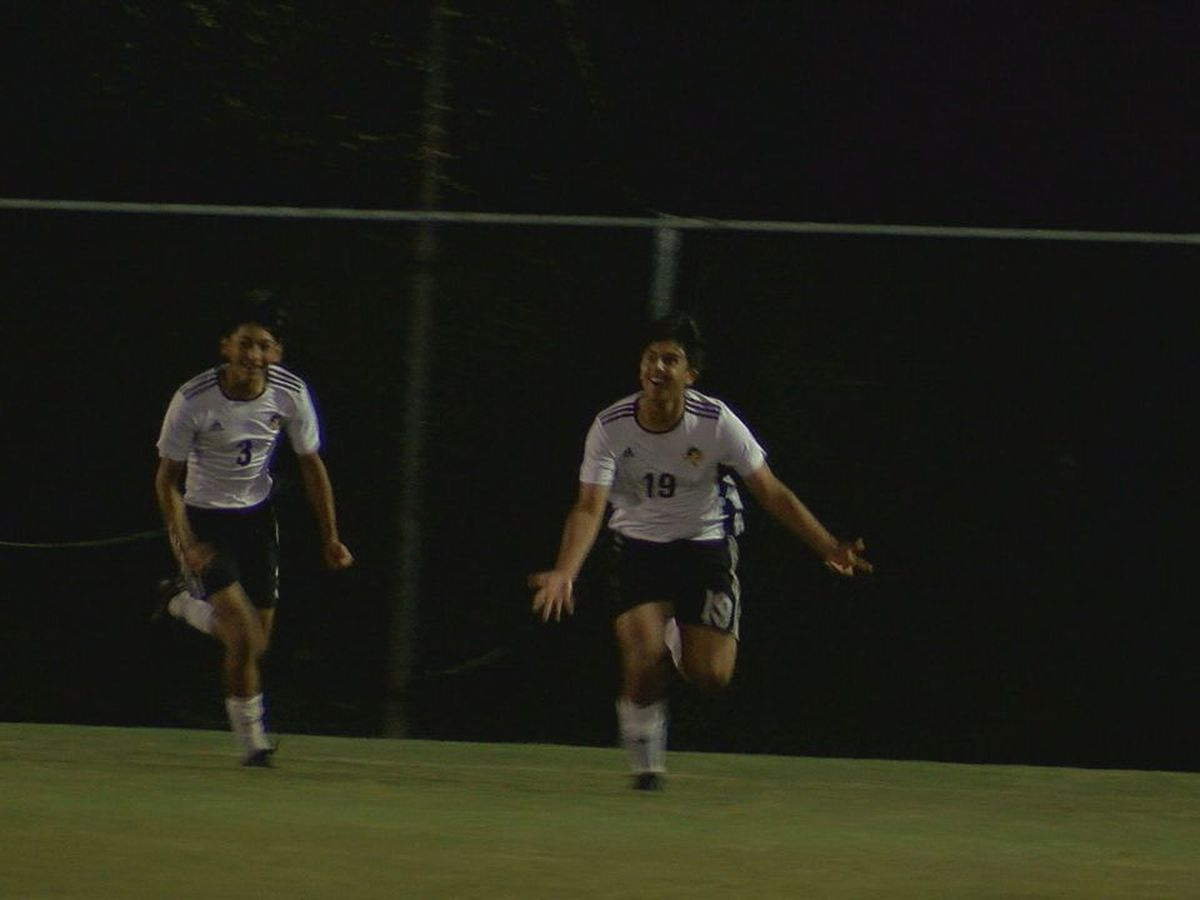 Nacogdoches soccer in regional semifinal after thrilling OT win over Lufkin