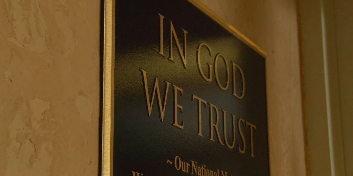 Lufkin city council members unveil 'In God We Trust' plaque