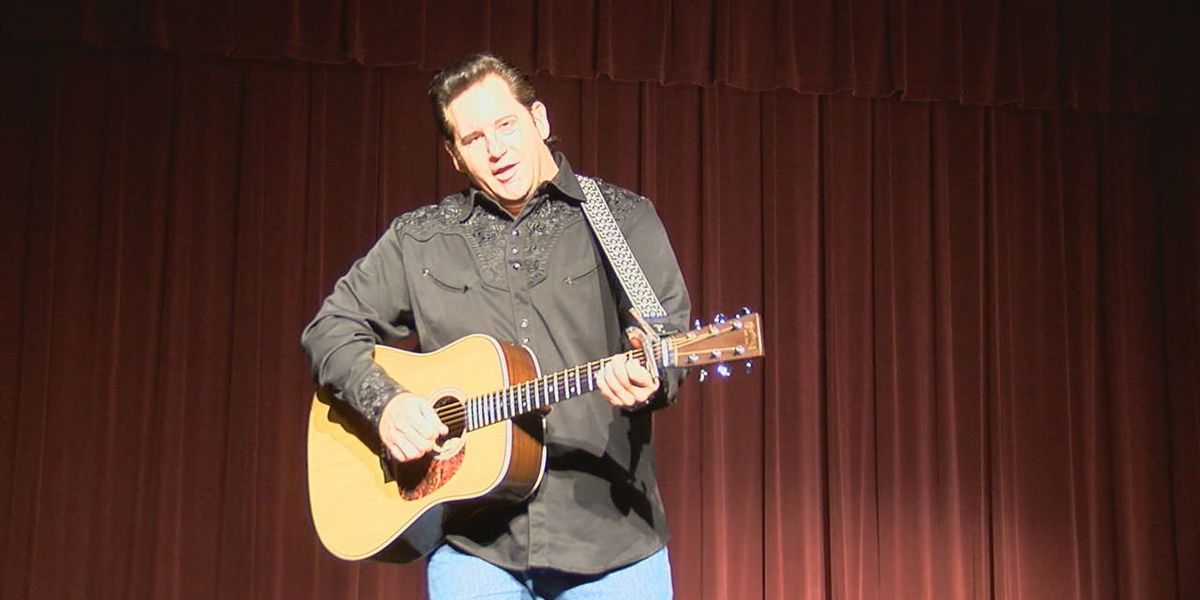 Lufkin's Pines Theater to host Johnny Cash musical tribute show