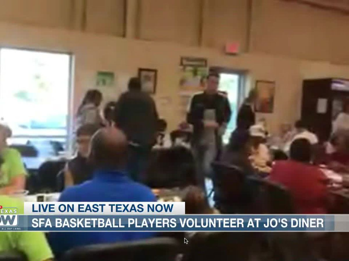 FROM VICTORS TO SERVICE: Fresh off upset win, SFA Lumberjacks serve needy for Thanksgiving