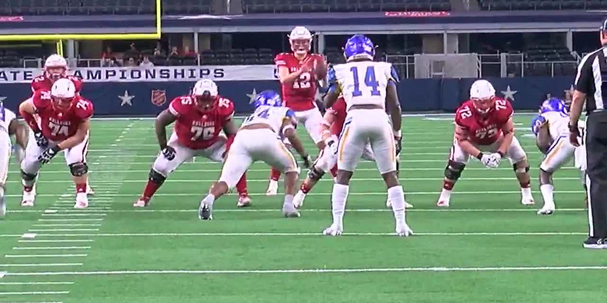 WATCH: Highlights from the first half of Carthage vs La Vega State Championship game