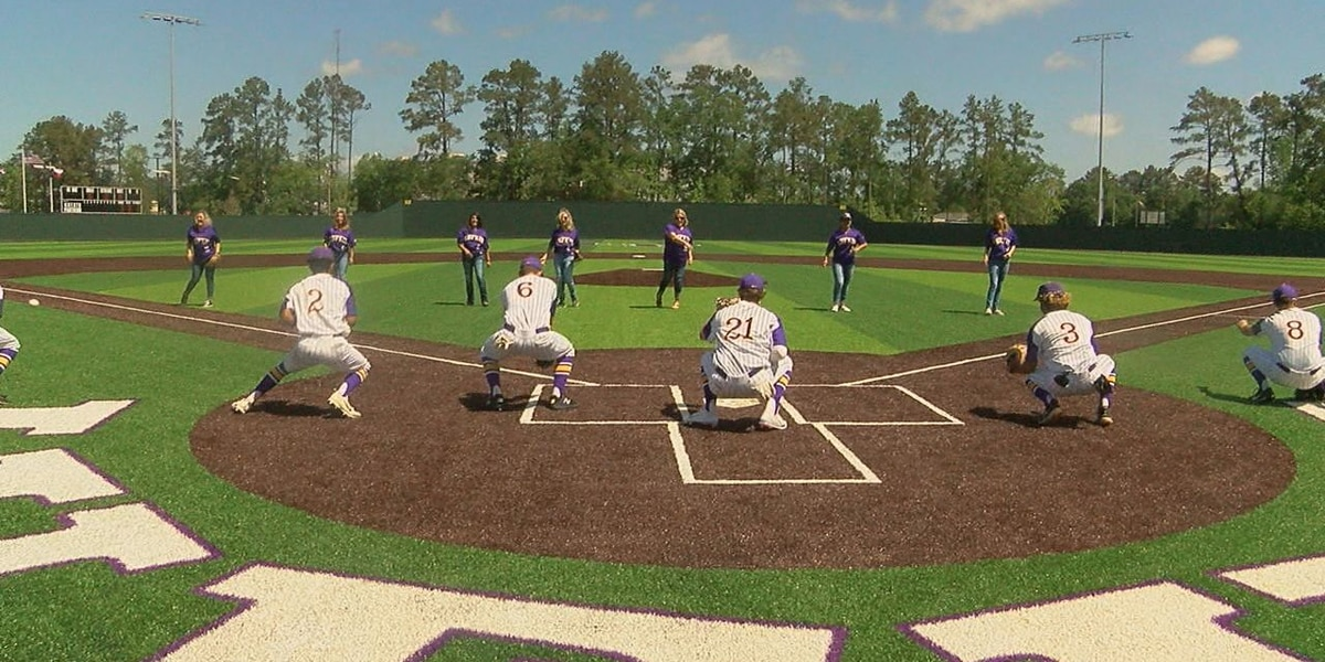 Lufkin christens new baseball facility with 7-1 win over Livingston