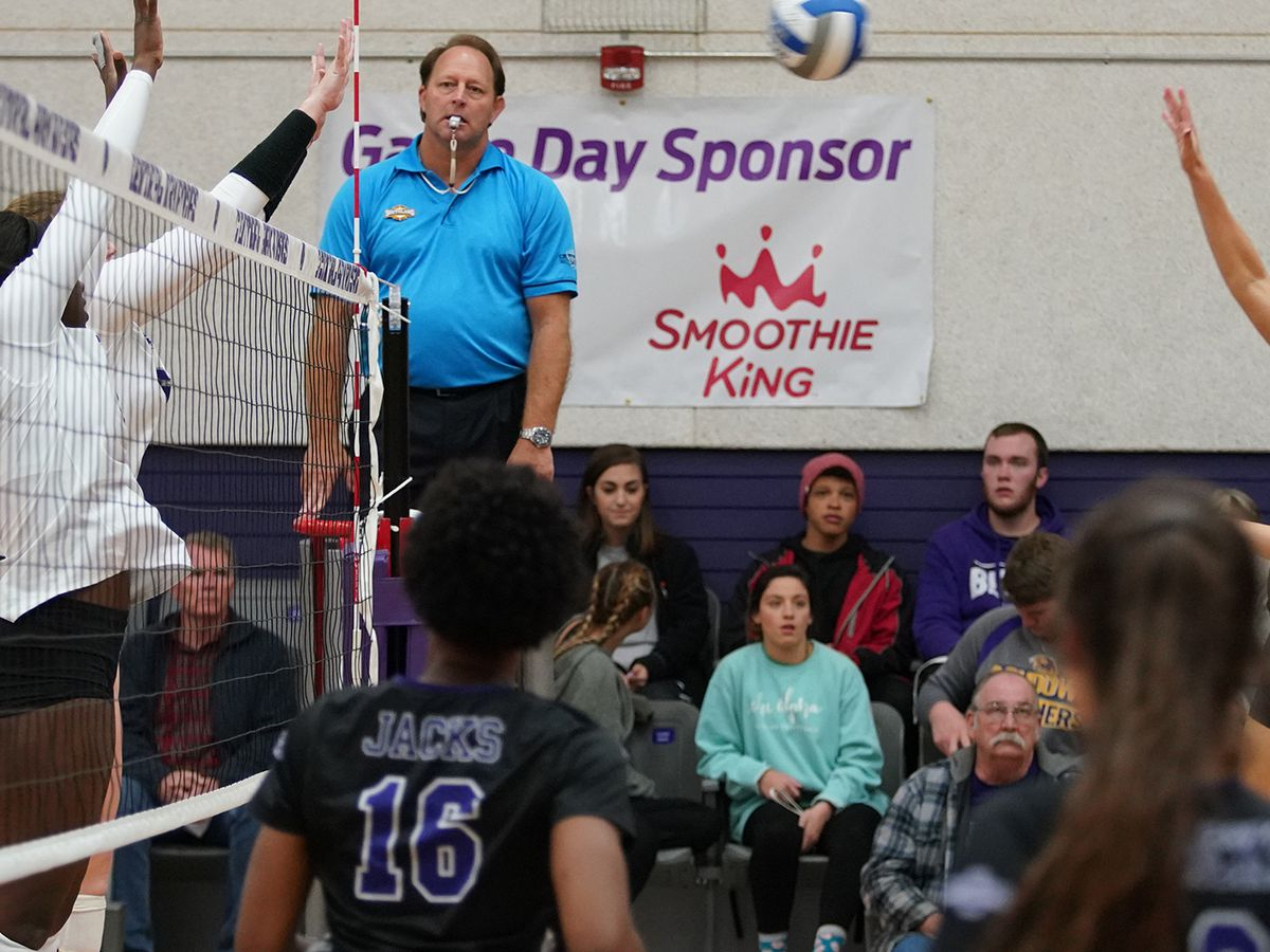 Tuesday night Volleyball: SFA moves win streak to 18 straight