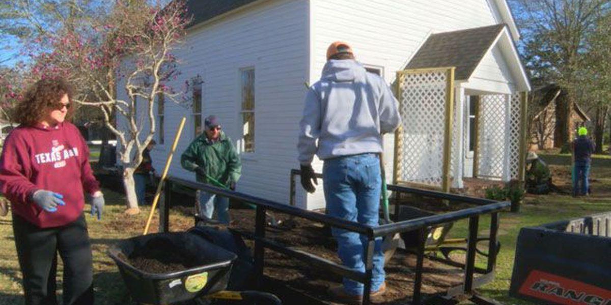 Volunteers work to make Nacogdoches' Millard's Crossing even more picturesque