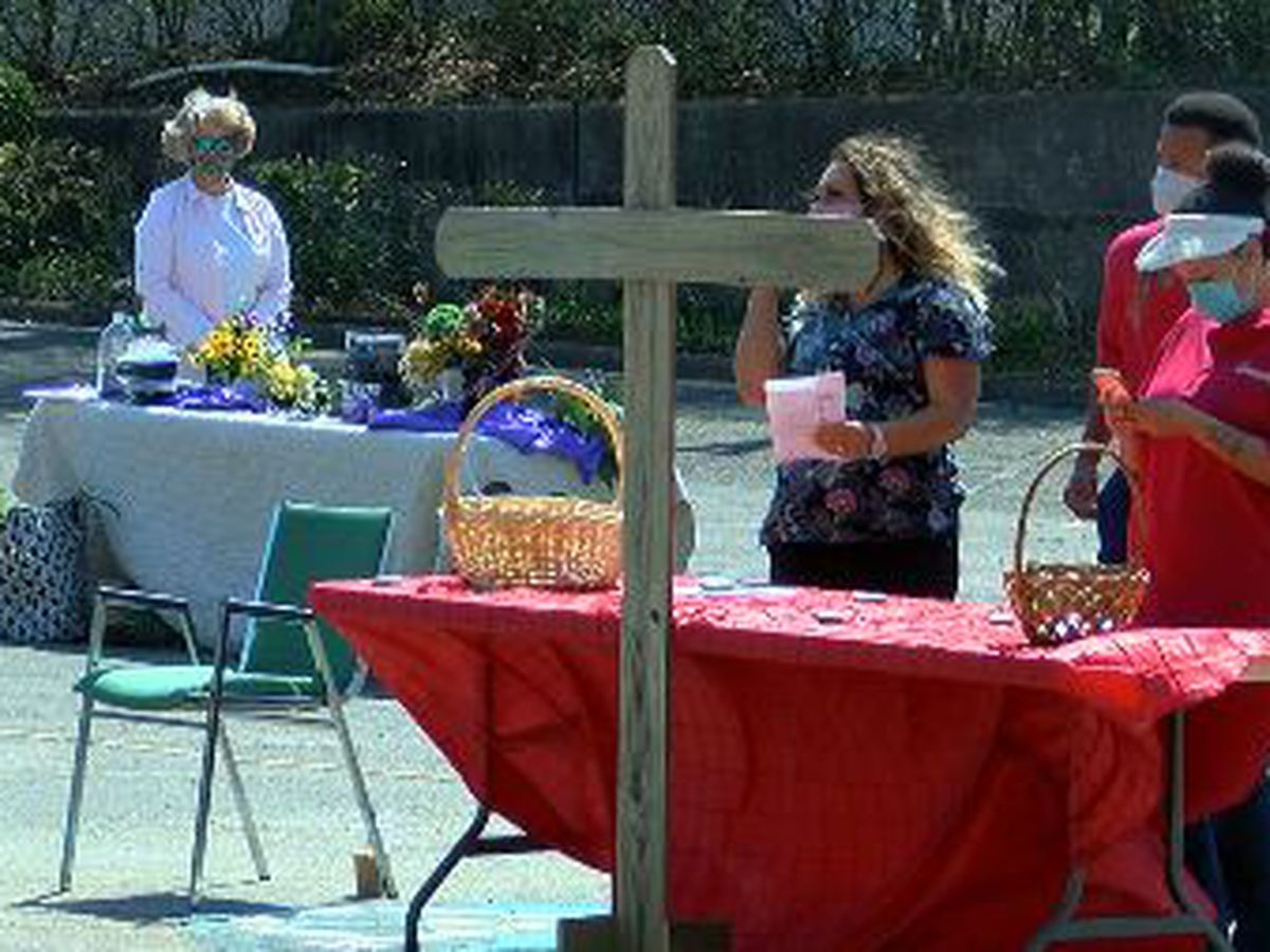 Lufkin First UMC hosts drive-thru prayer stations