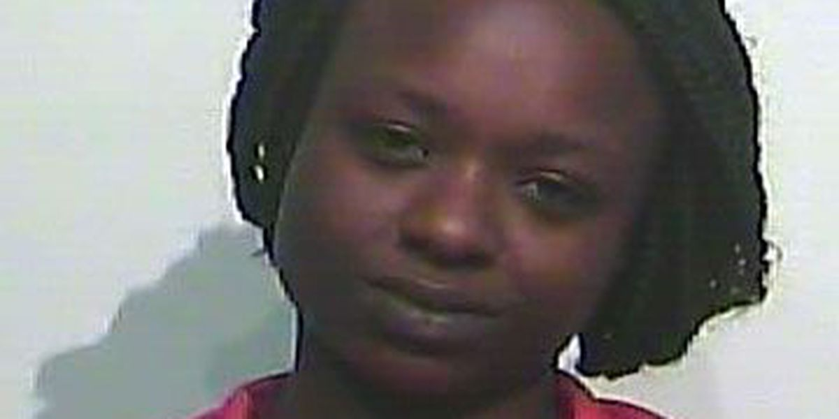 Center PD: Woman brandished knife after fight
