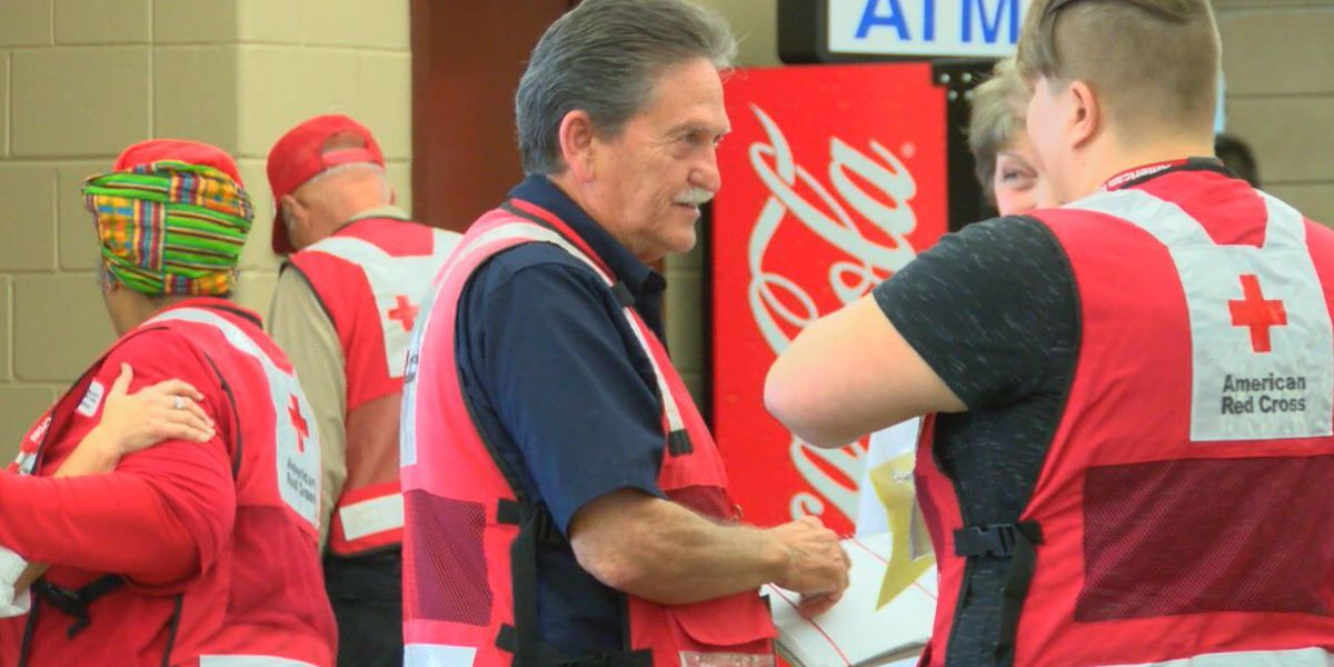 Nacogdoches community members stepping up to help Harvey evacuees at shelter