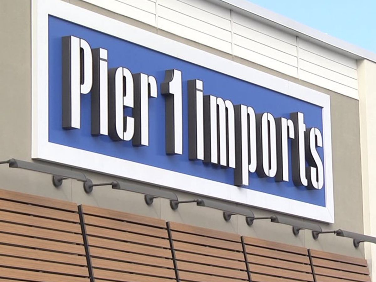 Pier 1 files for bankruptcy, hopes to sell company